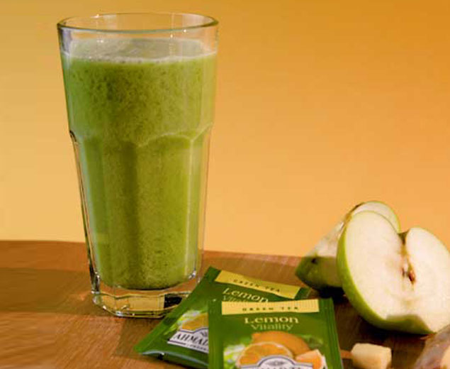 Apple, Ginger & Green Tea Smoothie