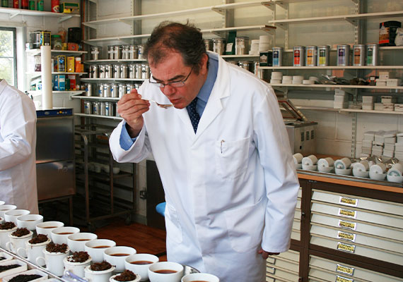 Ahmad Tea is one of the top 5 leading tea brands across Russia, Ukraine and the Middle East.